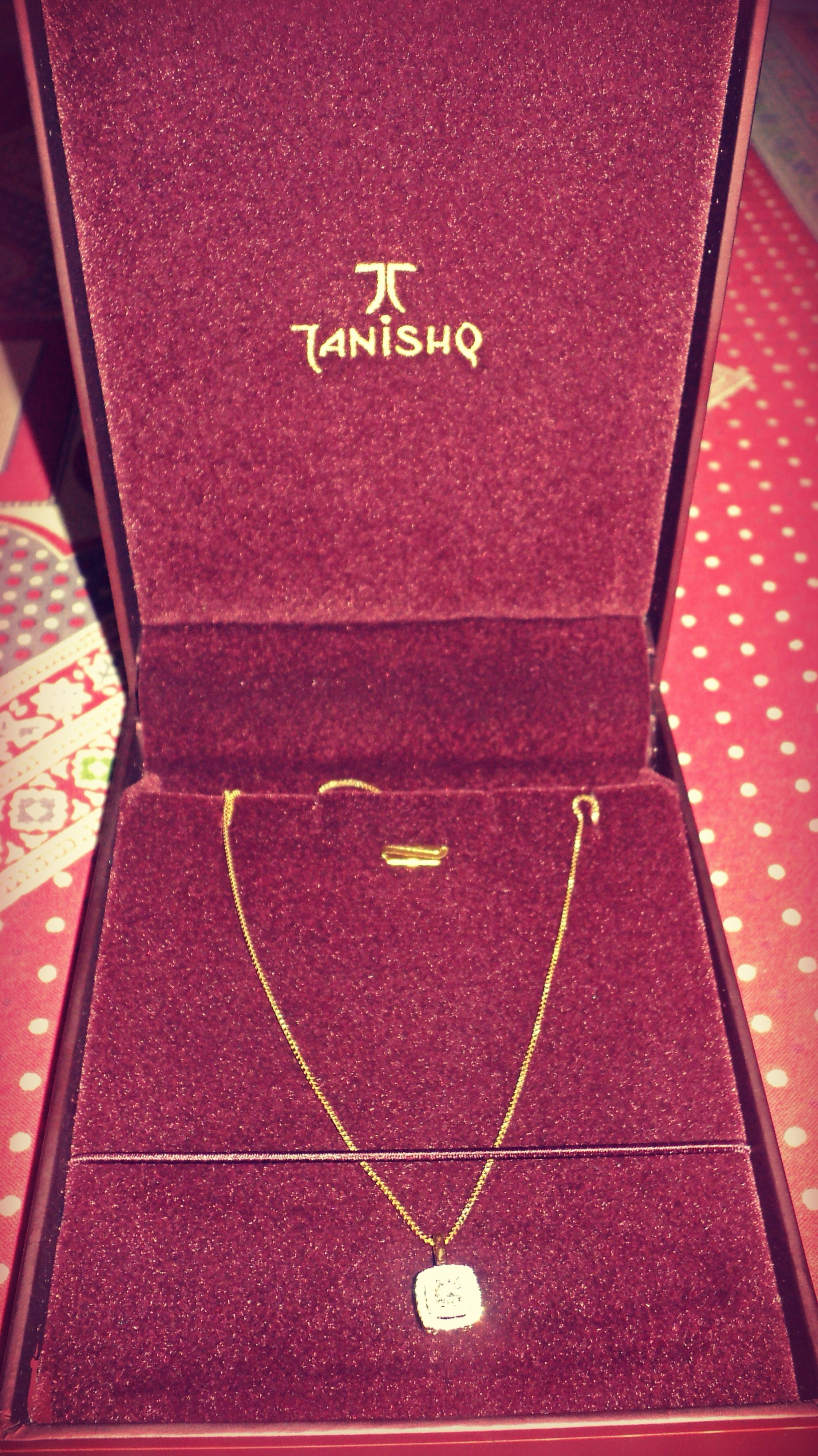 Daimond and Gold Chain For my sister. #Tanishq   Tanishq Exotic ...