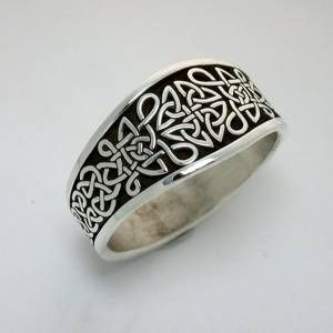 celtic love knot ring - Buscar con Google