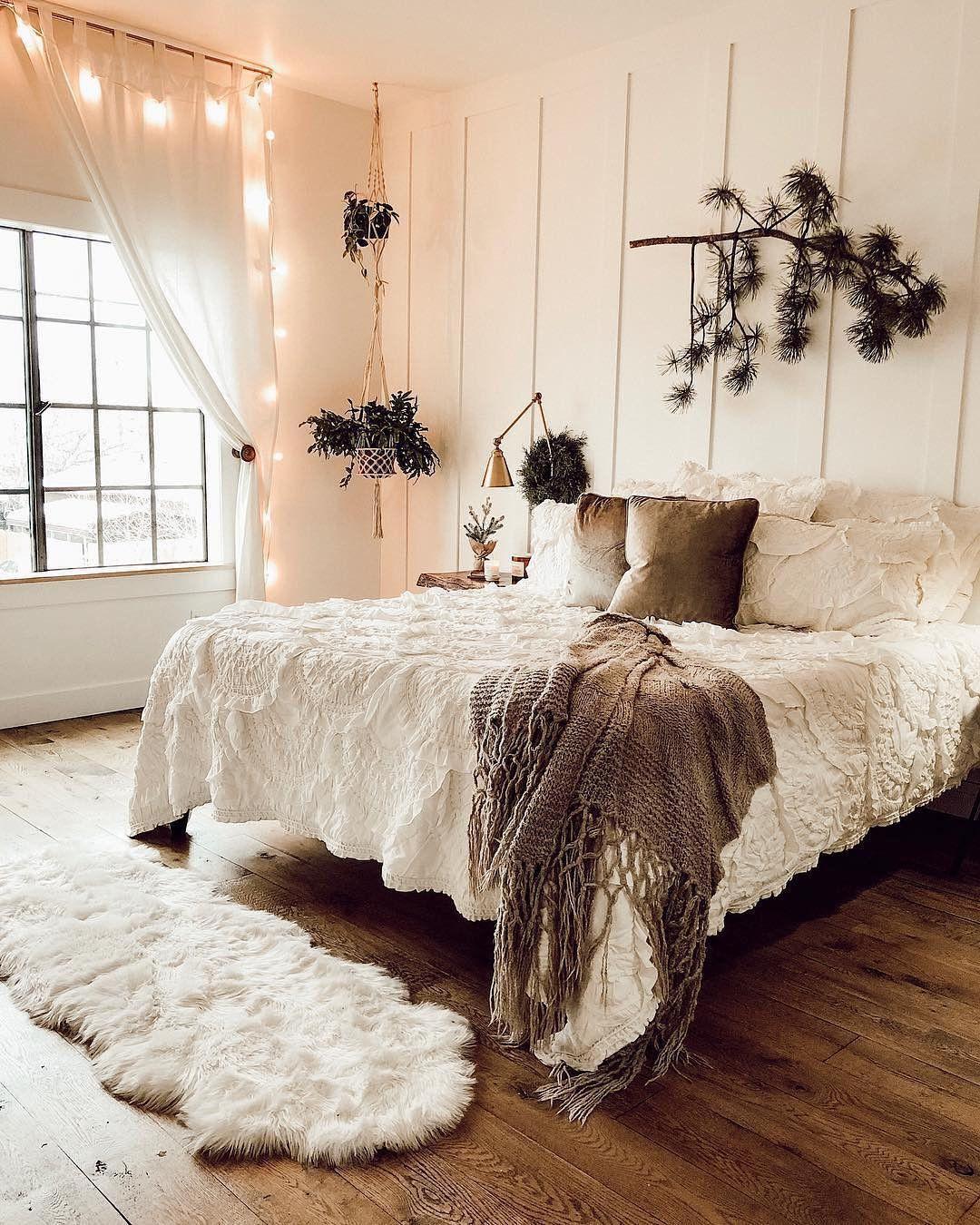 55 Creative Bohemian Bedroom Decor Ideas #bohemianbedrooms