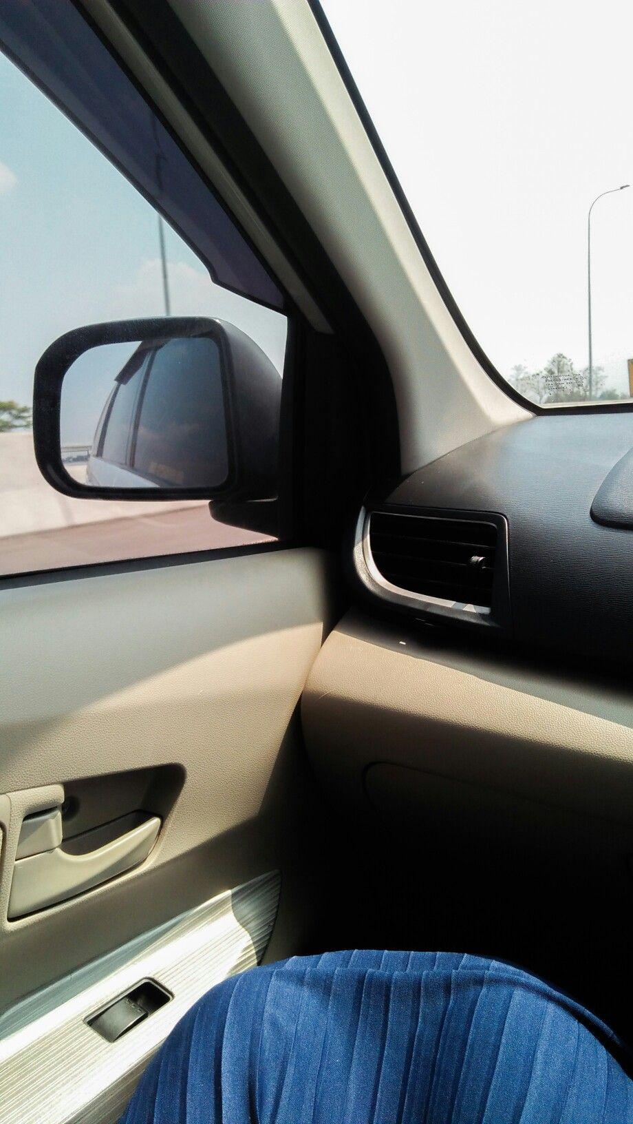 Gambar Kaca Mobil