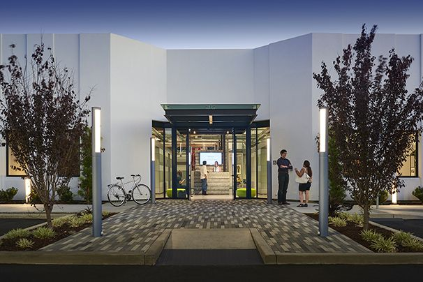 AP+I DESIGN   To Achieve ZNE The Building Exterior Has Thick Foam Insulation