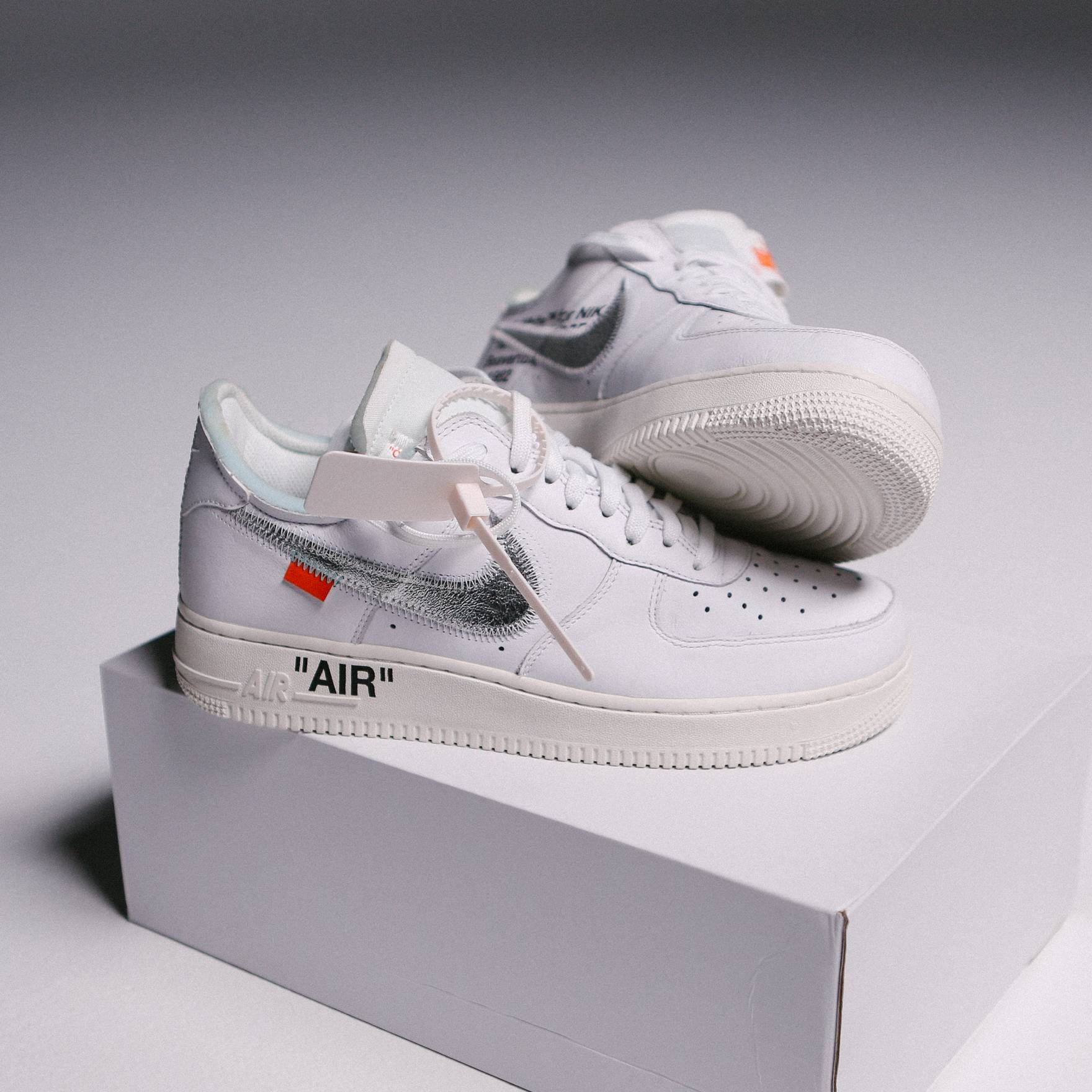 Nike Off-White Nike Air Force One Collab ComplexCon Size US ...