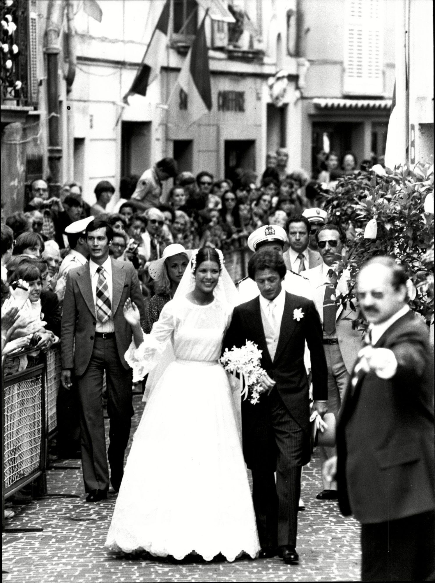 18 Memorable Royal Weddings: Prince William, Kate Middleton and More