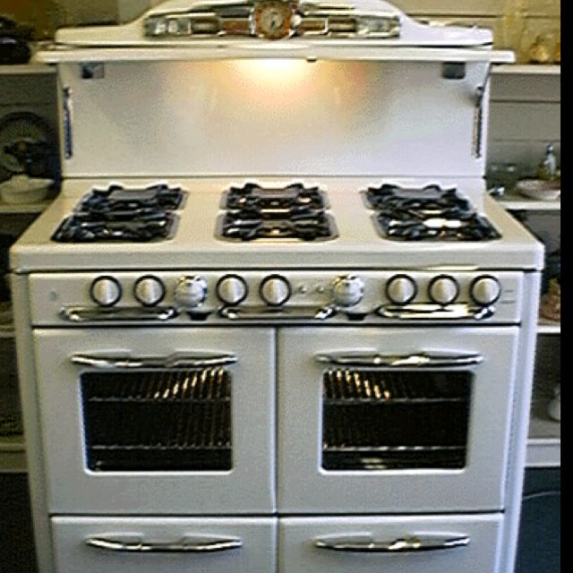Vintage Stove I D Trade My 1951 Frigidaire Stove In A Minute For This Vintage Stoves Gas Stove For Sale Stoves For Sale