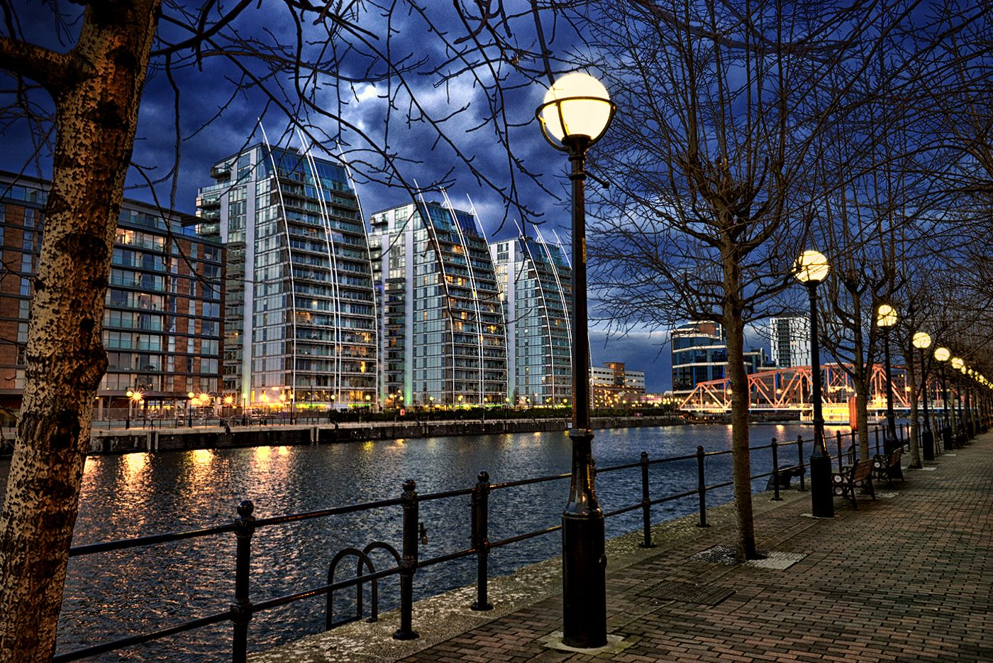 Manchester Lowry by dmol