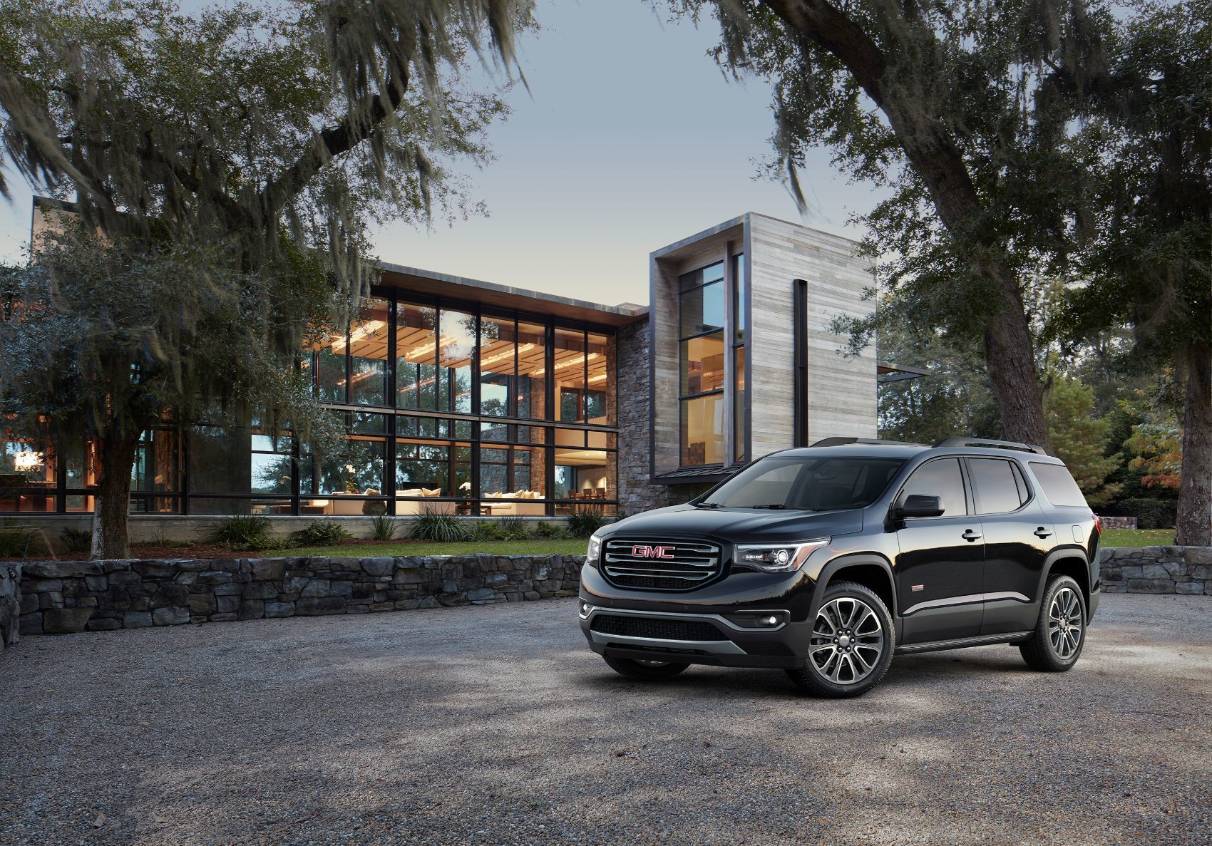 2019 Gmc Acadia Review A Nice Middle Ground For Families With