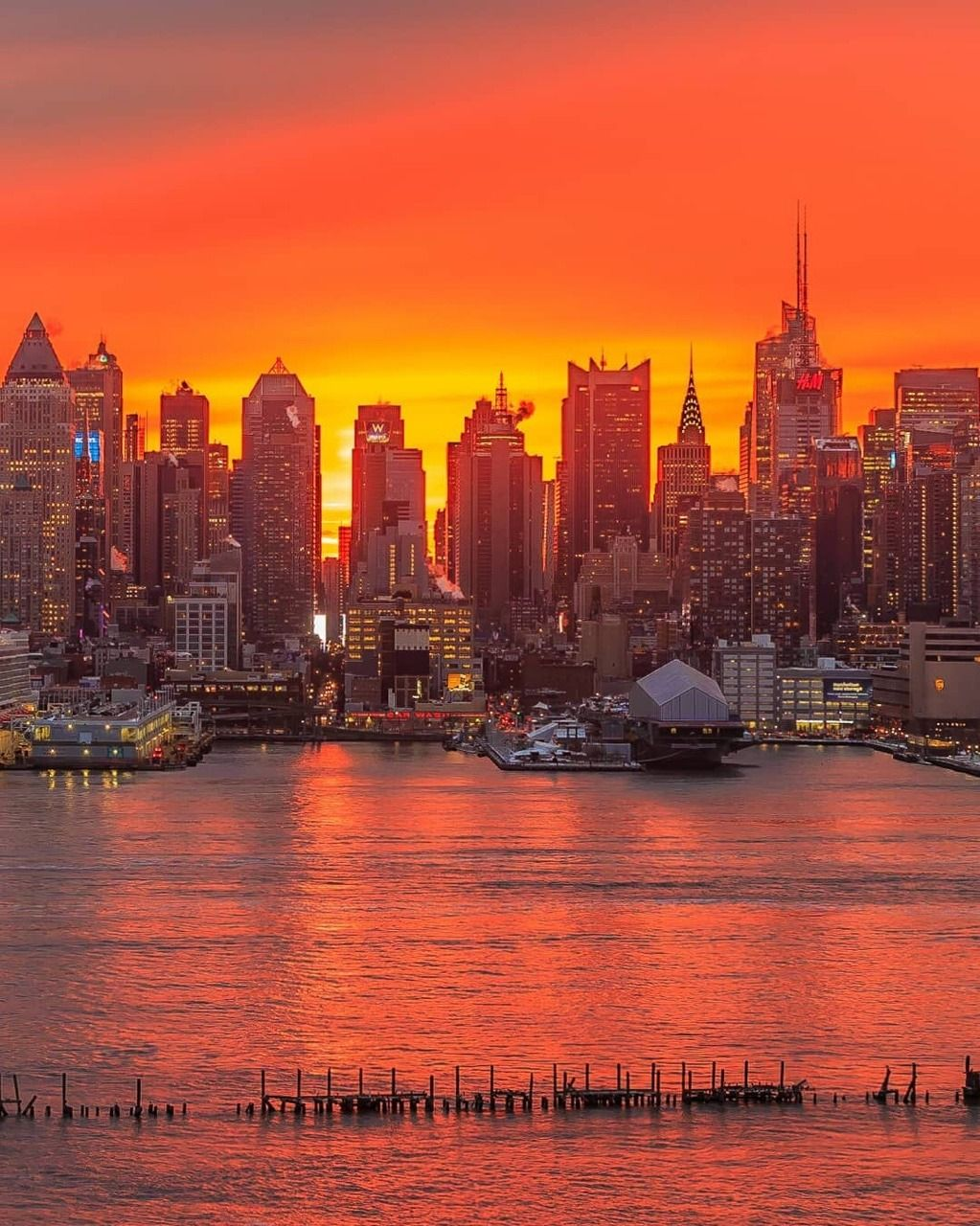 Sunrise Over Midtown Manhattan By Killahwave Nyc New