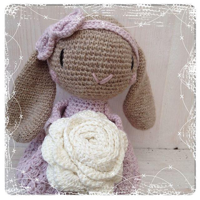 Ravelry: Vår-kanin pattern by Charlotte Larsson