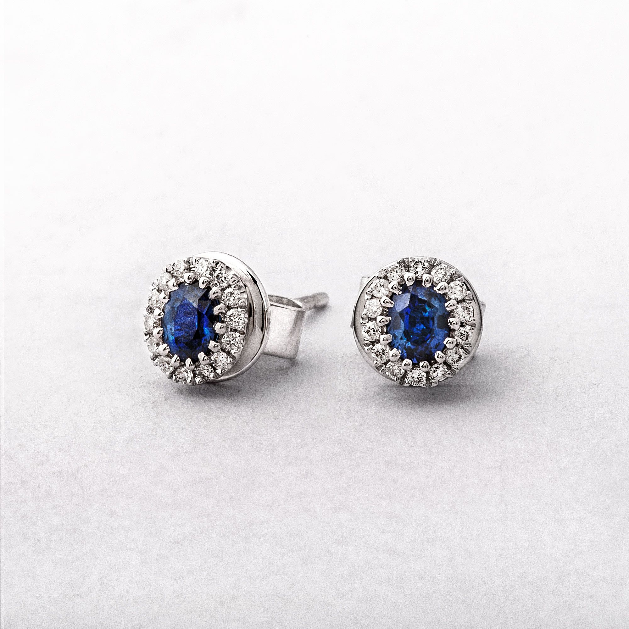 White Gold Oval Sapphire & Diamond Studs Earrings
