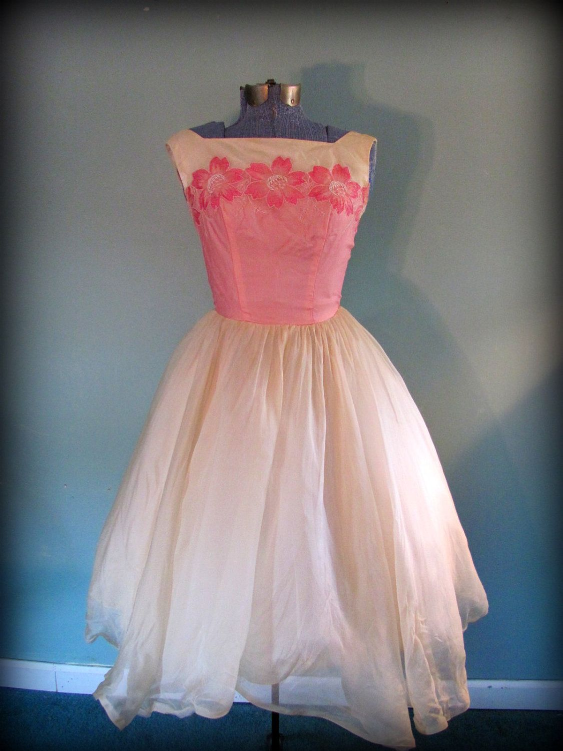 1950s Pink Yellow Full Skirt Tea Length Prom Party Dress.   My Style ...