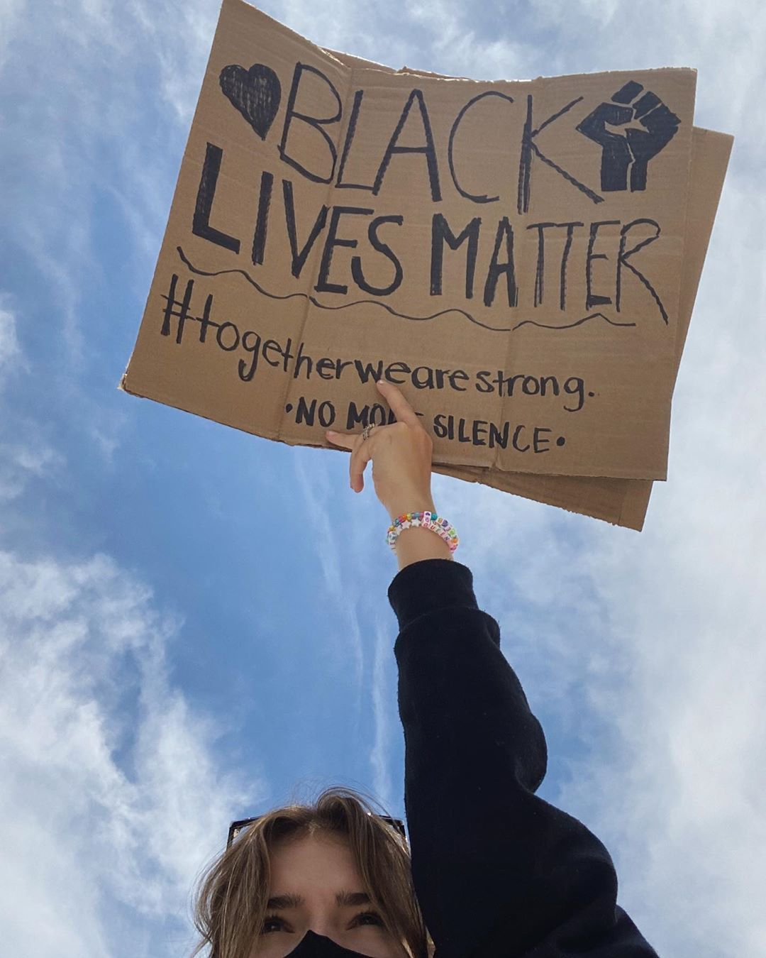 Alexis Jayde Burnett On Instagram Yesterday I Went To 2 Peaceful Protests In My Area The Entire Time I Had Chil Black Lives Matter Protest Signs Black Lives