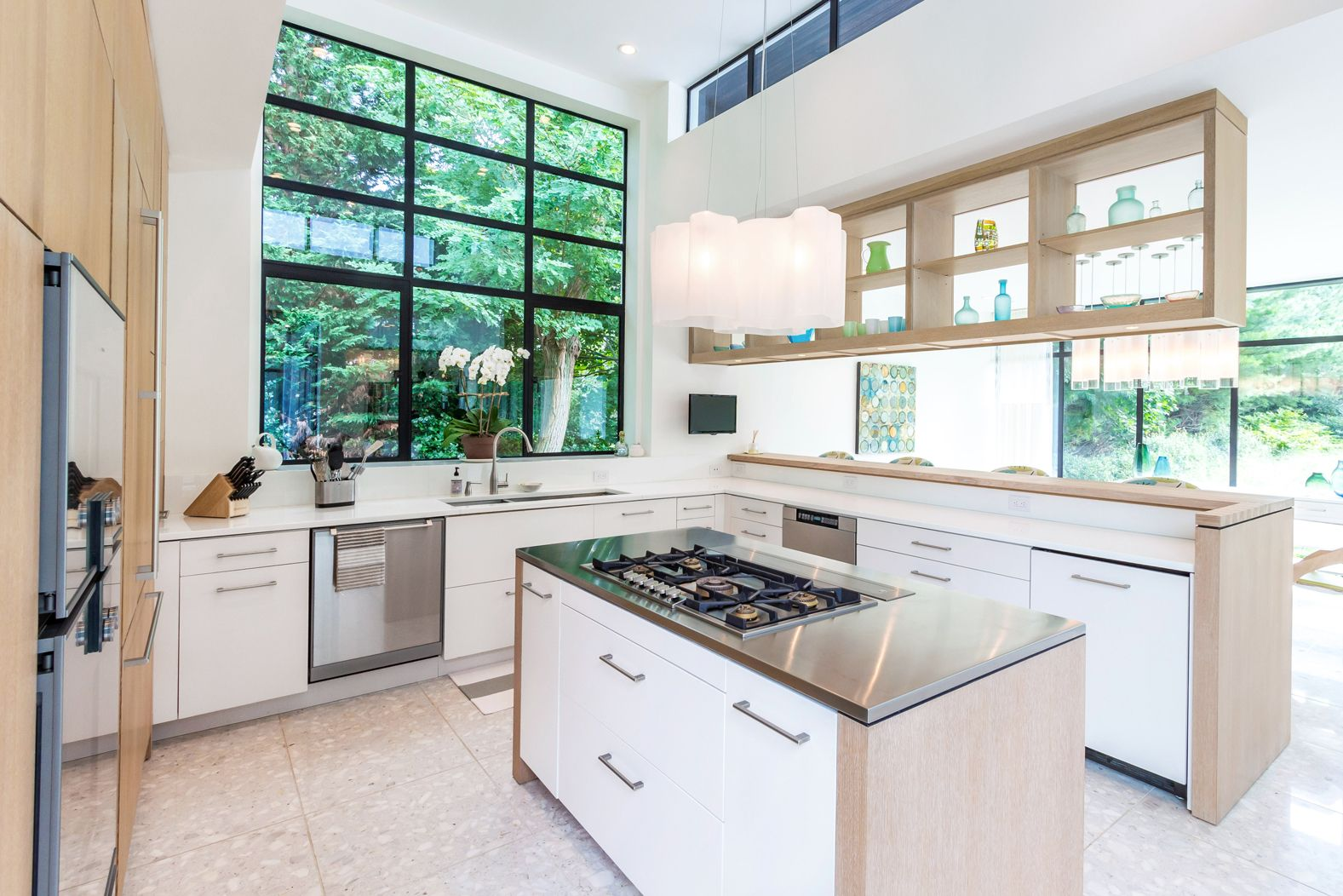 This modern Bakes & Kropp kitchen showcases European minimalism ...