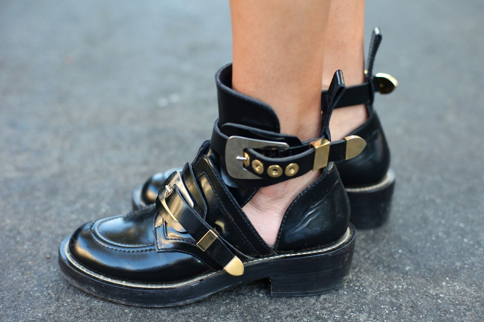 Fly Shoes From Ring My Bell Blog Balenciaga Boots Boots Chelsea Boots