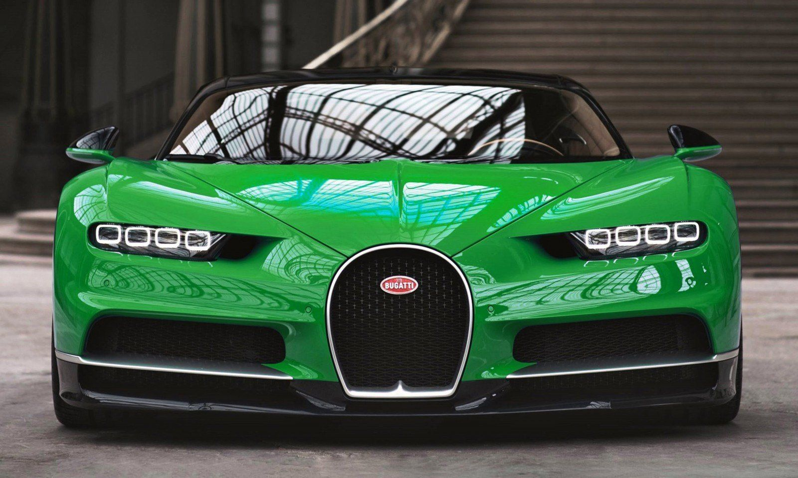 2017 Bugatti Chiron Colors Visualizer 50 Shades Of 300mph Boss Car Revs Daily Com Bugatti Chiron Super Car Bugatti Bugatti Cars