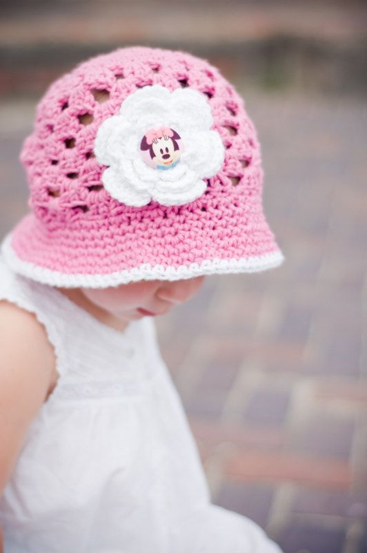 Minnie Mouse Hat Pink and White Crocheted Sunhat | crochet | Pinterest