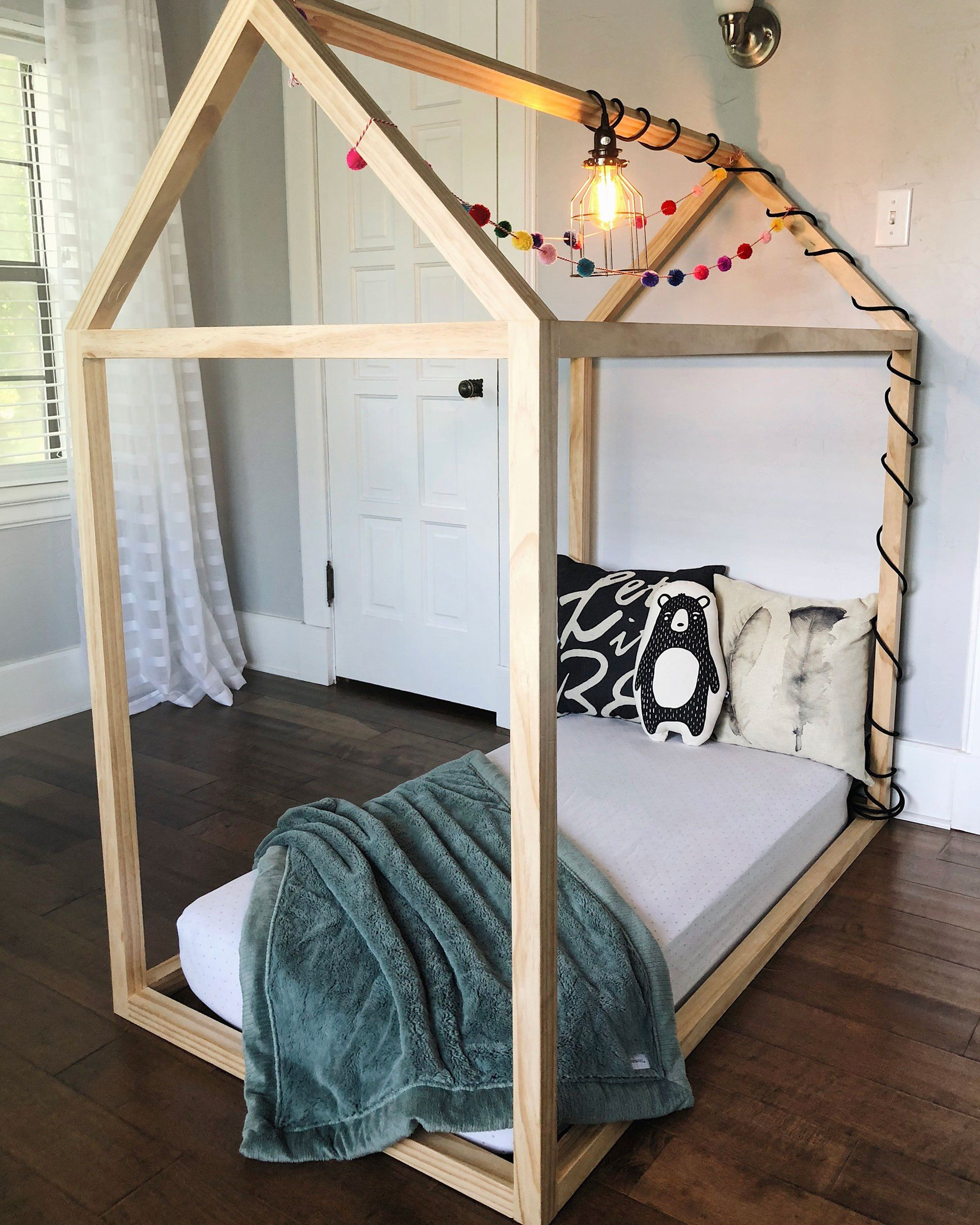 Diy Toddler House Bed The Okie Home Toddler House Bed House