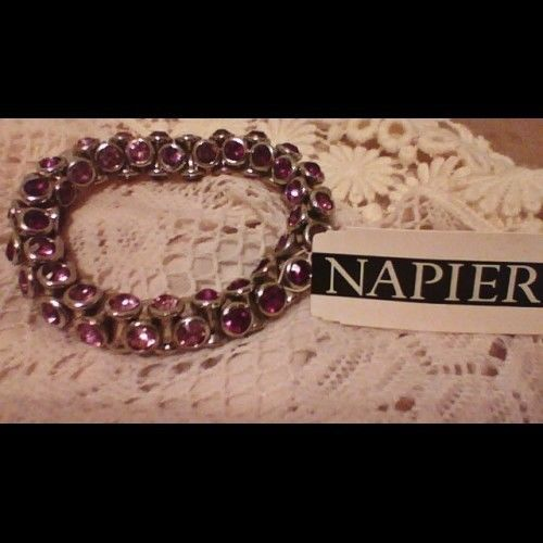 NAPIER PURPLE SILVERTONE GEMSTONE BRACELET Nwt 30.00 RETAIL ^start price 1 cent^ #Napier #Beaded