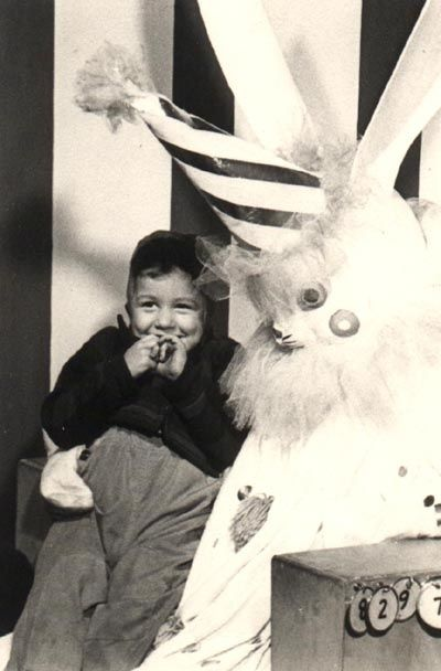 Vintage Easter Bunny Clown Feeds Upon Your Sanity Wtf Creepy Easterbunny2