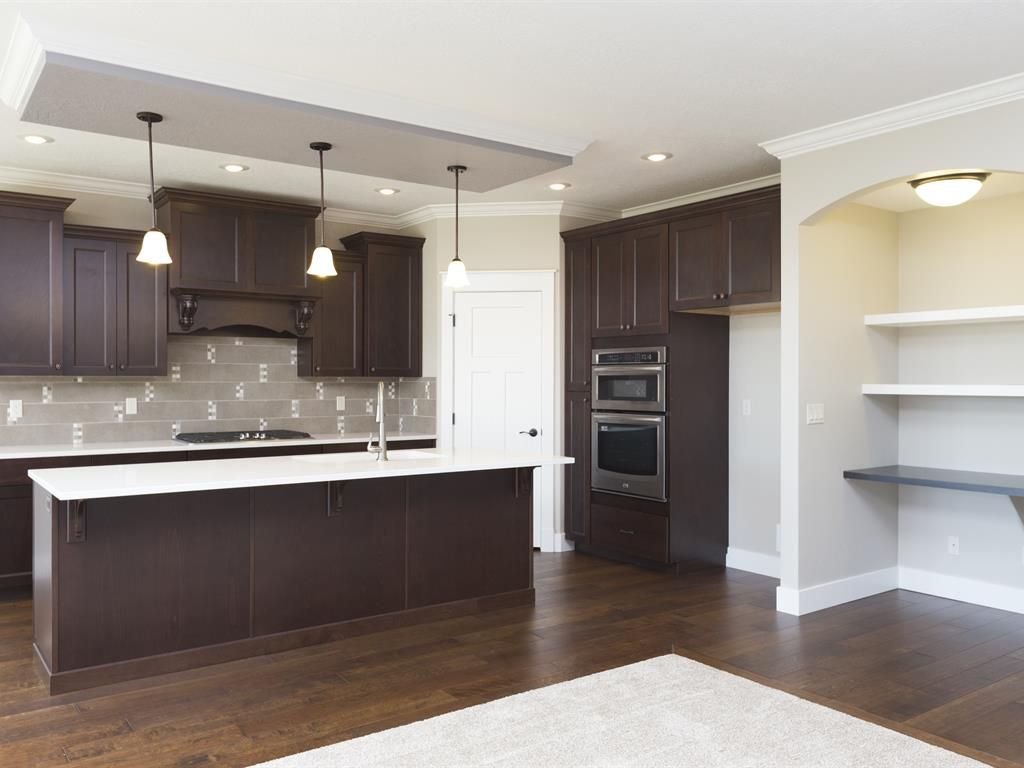 I love this mix of dark and light! Just sub out the backsplash for something different :)