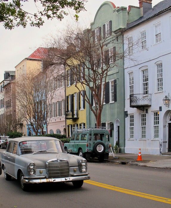 Guide To Traveling To Charleston Sc: Insider Tips And Pictures About Charleston//