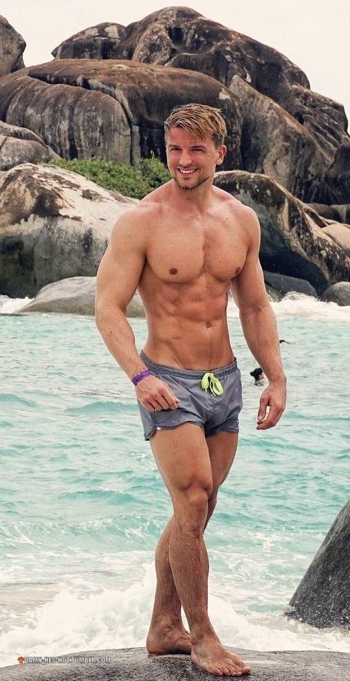d7e00fd415 Beefy blond guy bulges in his wet swim shorts. Nom nom nom. More hot men  @Adamb18