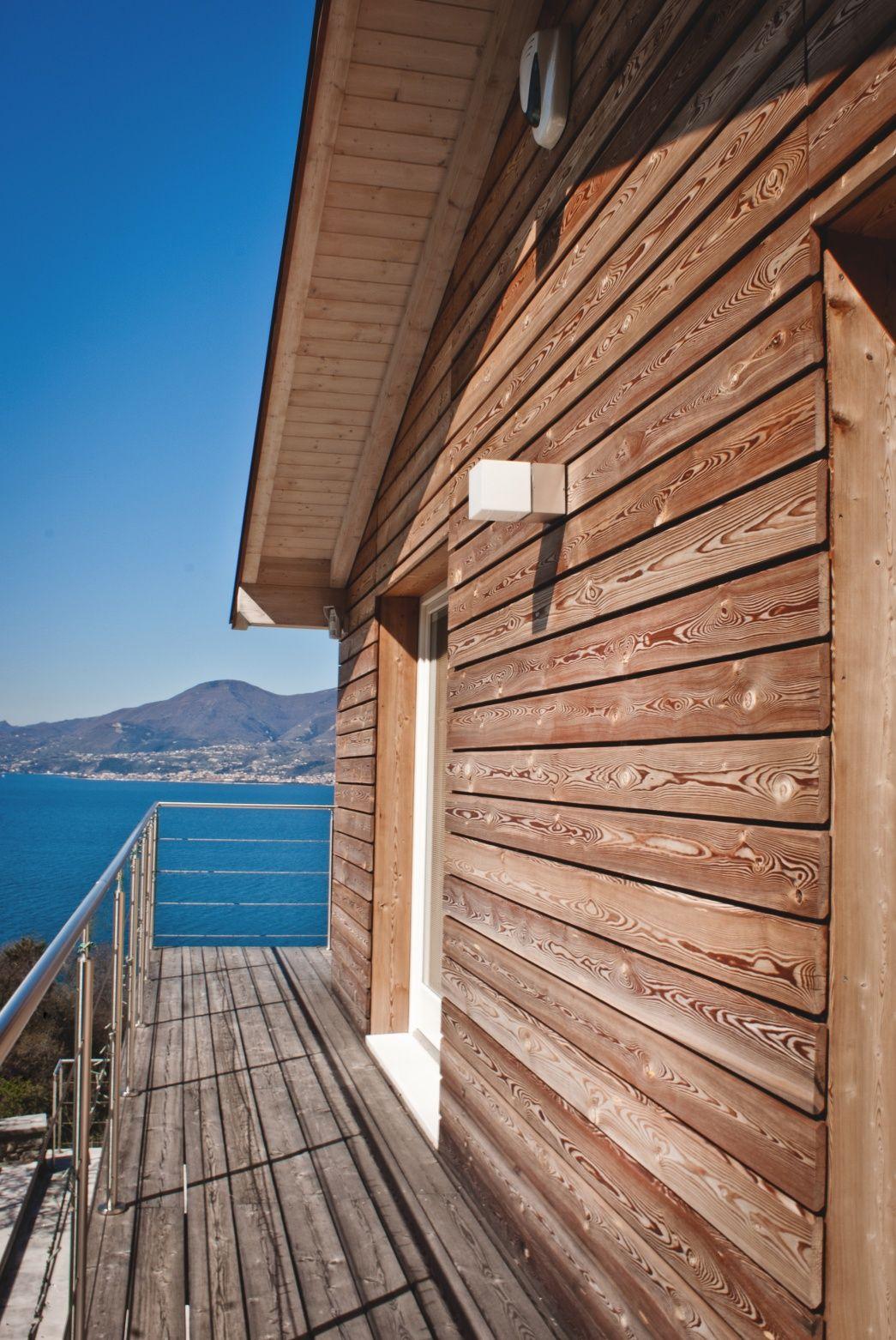 Casa prefabbricata in legno rivestimento in larice torri del benaco vr case - Legno per esterni ...