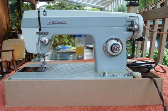 Eaton's Viking 40 Sewing Machine Vintage Finds Pinterest Simple Viking Sewing Machine Models