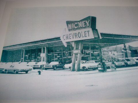 1960 S Nickey Chevrolet Dealership Chicago Illinois Chevrolet Dealership Chevrolet Classic Chevy Trucks