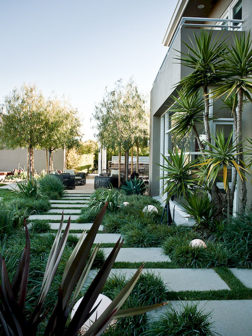 85 Affordable Front Yard Pathway Landscaping Ideas Modern Garden Landscaping Modern Landscaping Landscape Design
