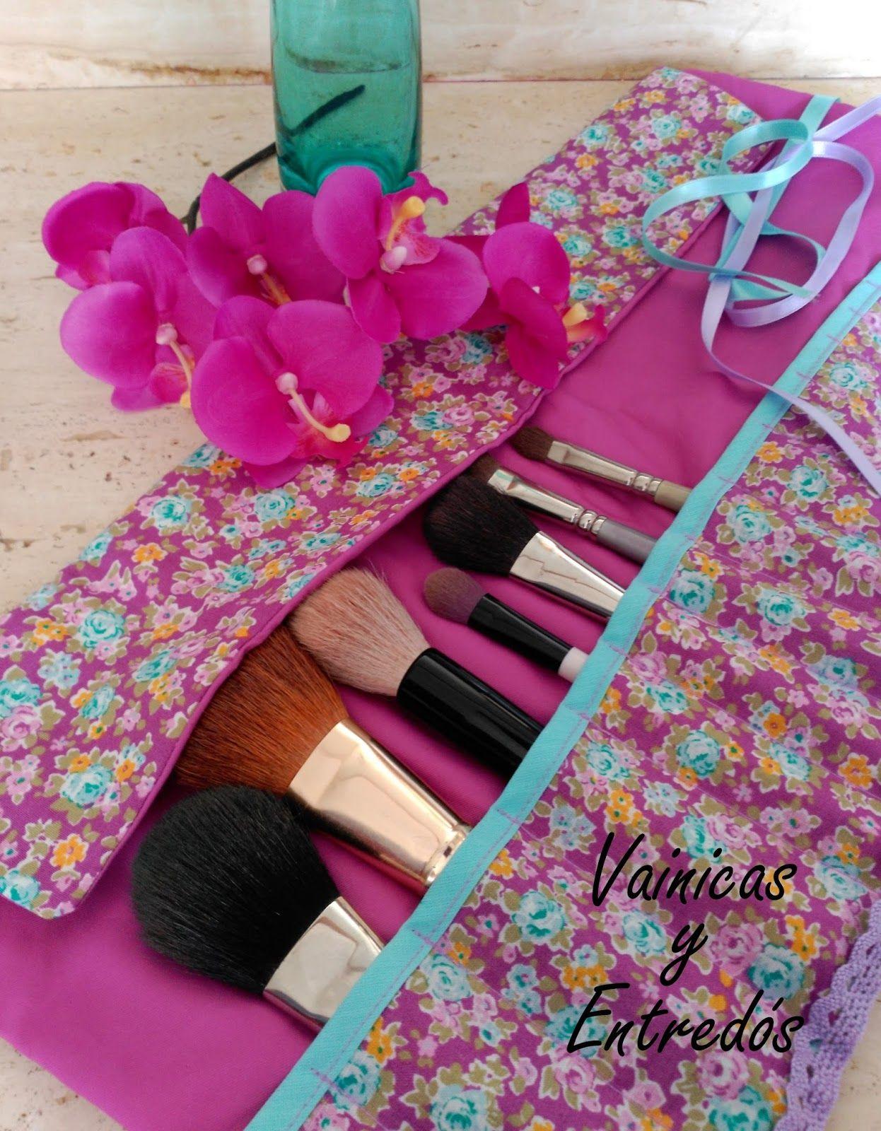 d9ea0b0b2 Vainicas y entredós: Tutorial: cómo hacer una manta para brochas de  maquillaje