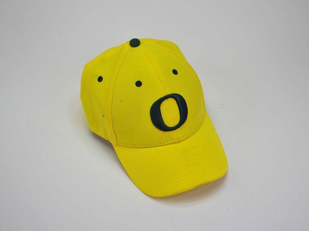 the best attitude 51ba1 7a41a NIKE OREGON DUCKS Dri Fit Wool Classic Hat Cap Volt Yellow w  Green