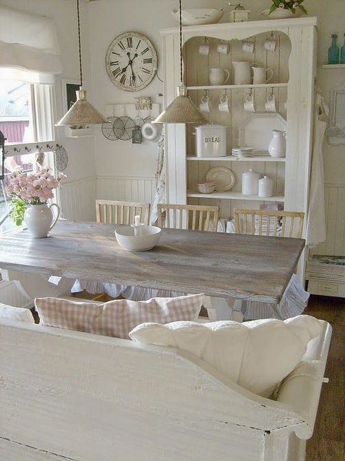 White dining room. | Shabby chic dining, Shabby chic homes ...