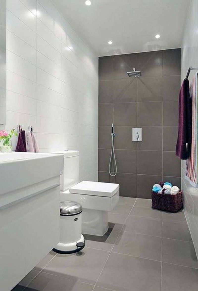 Natural small bathroom design with large tiles | Small ...