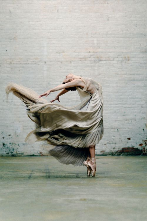 'Ballet inspierd' by M. K. Sadler(via the absolute PHOTOGRAPHY blog…)