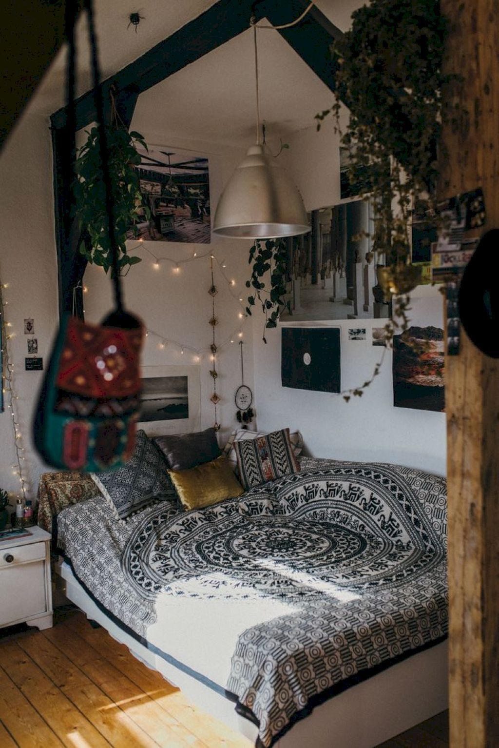 Cool 50 Comfy Boho Style Bedroom Decor And Design Ideas Homeylife