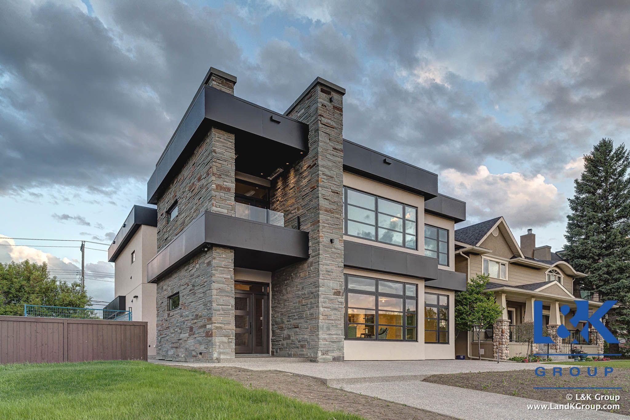 Superior Luxury Homes For Sale   401 33 Ave SW, Calgary, AB. T2A 0S8 Contact:  403 850 7538 Www.LandKGroup.com/go/Parkhill