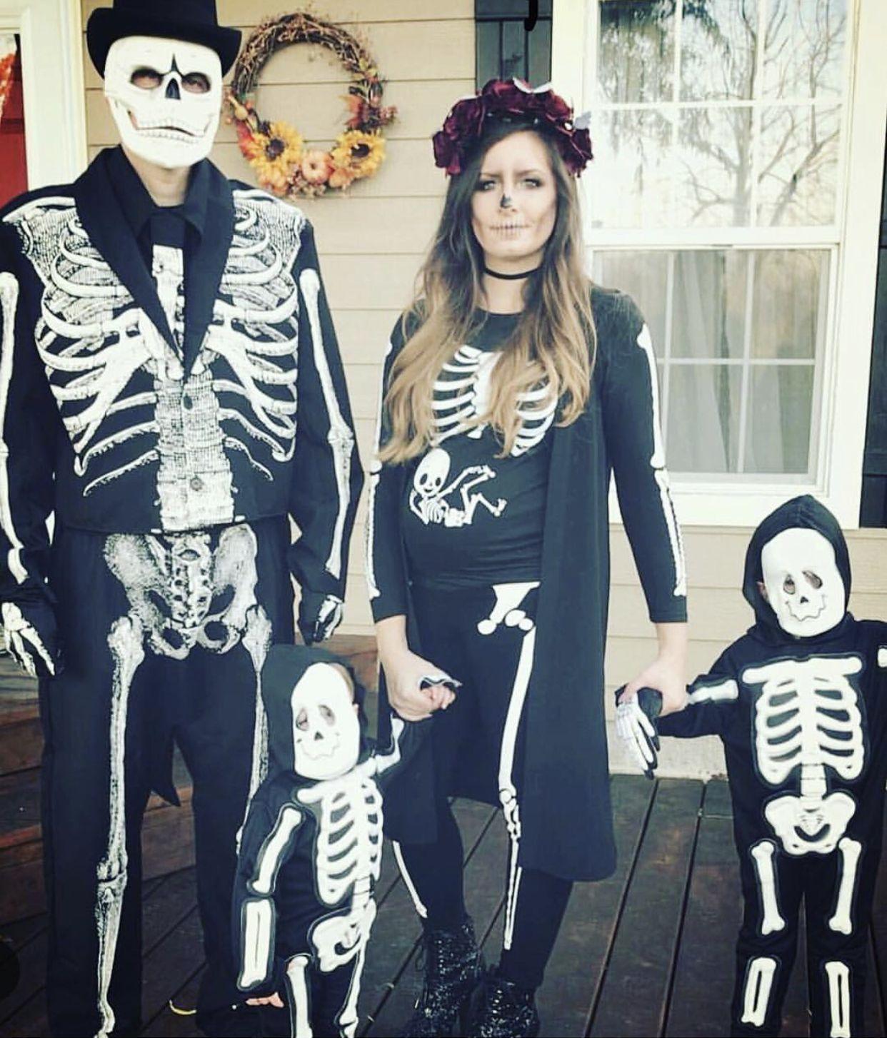 Halloween Costumes 2020 Skeleton Family Halloween Costumes   Pregnant halloween costumes family