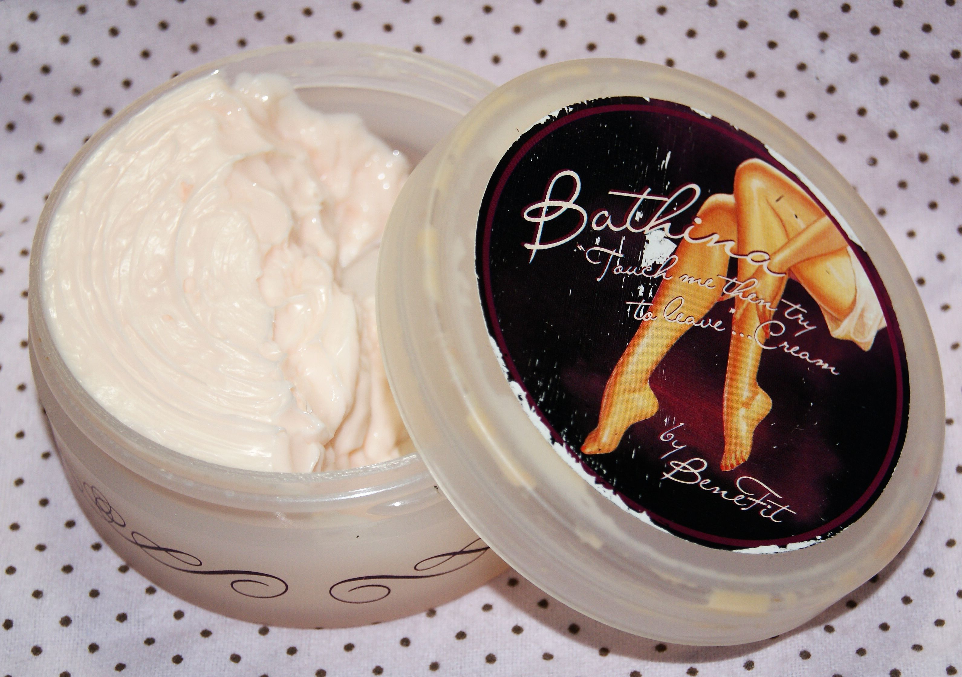 BeneFit Bathina Touch Me Then Try To Leave Cream full