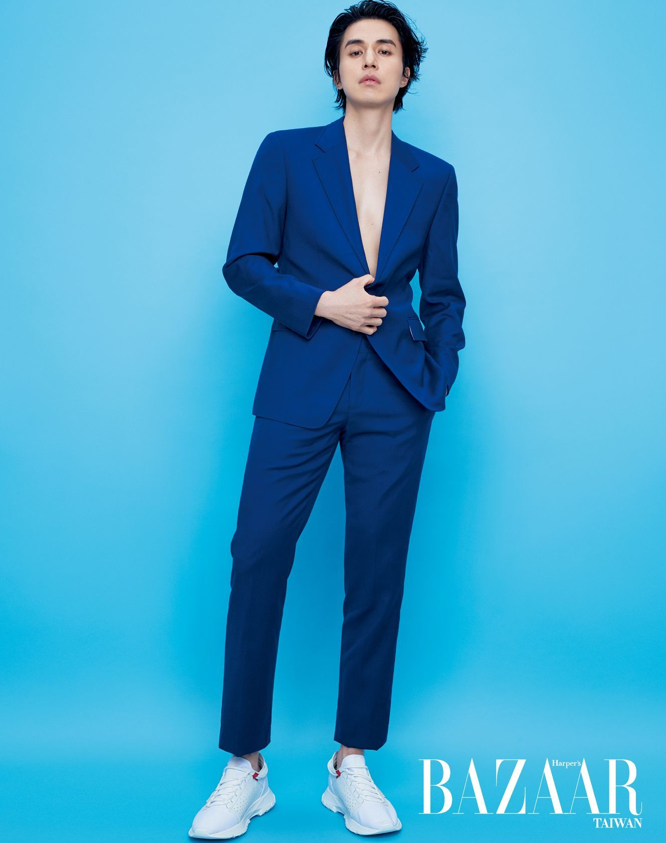 Lee Dong Wook Para Harper S Bazaar Man Vietnam Marzo 2020 En 2020 Lee Dong Wook Actores Coreanos Actores