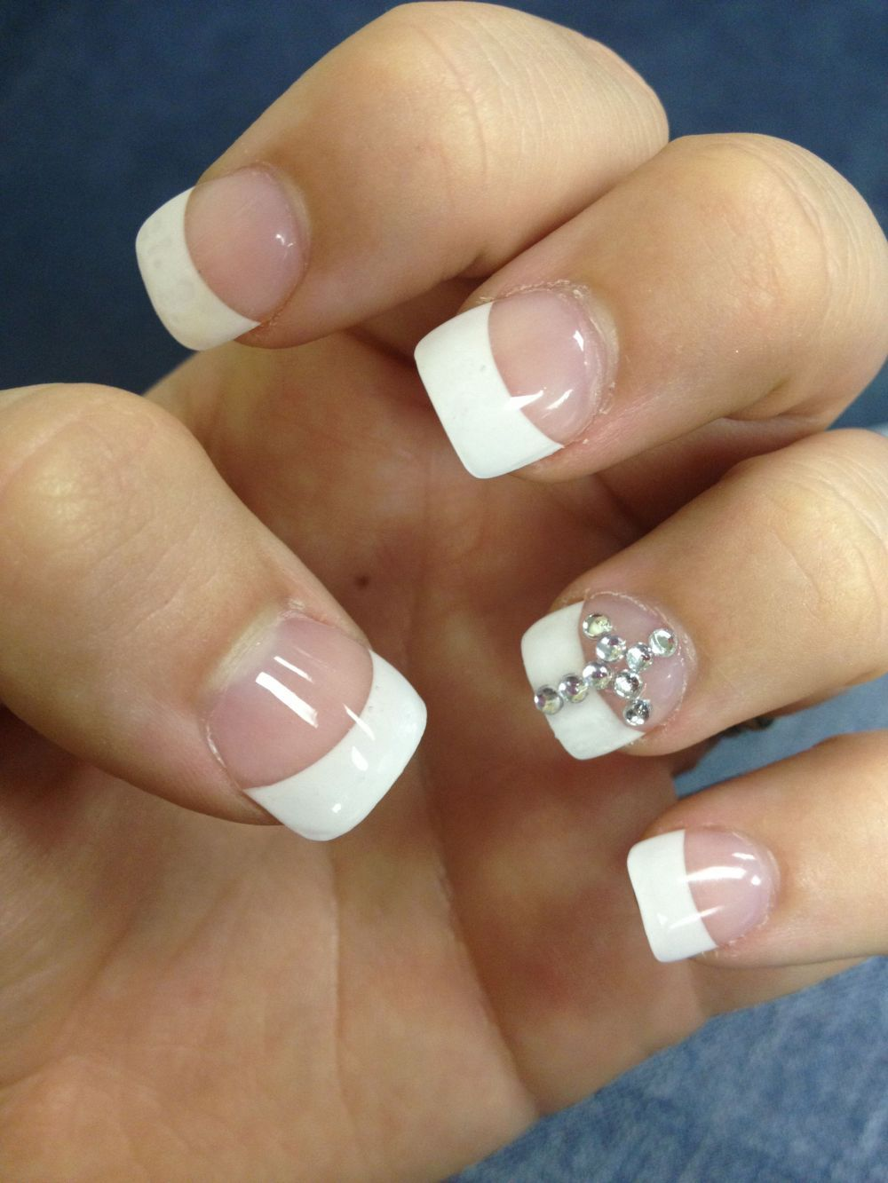 7 Lovely Rhinestone Cross On Nails Fitnailslover - 7 Lovely Rhinestone Cross On Nails Fitnailslover Rhinestone Nails