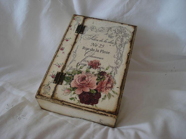 Hand made box decorated in decoupage style. & f8b03fa00abc824e82de6f5cd45d8851.jpg (736×552) | Decoupage en madera ...