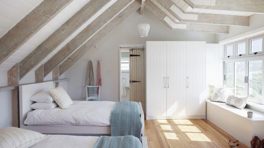 Camera da letto in mansarda | mansarde | Pinterest | Attic ...