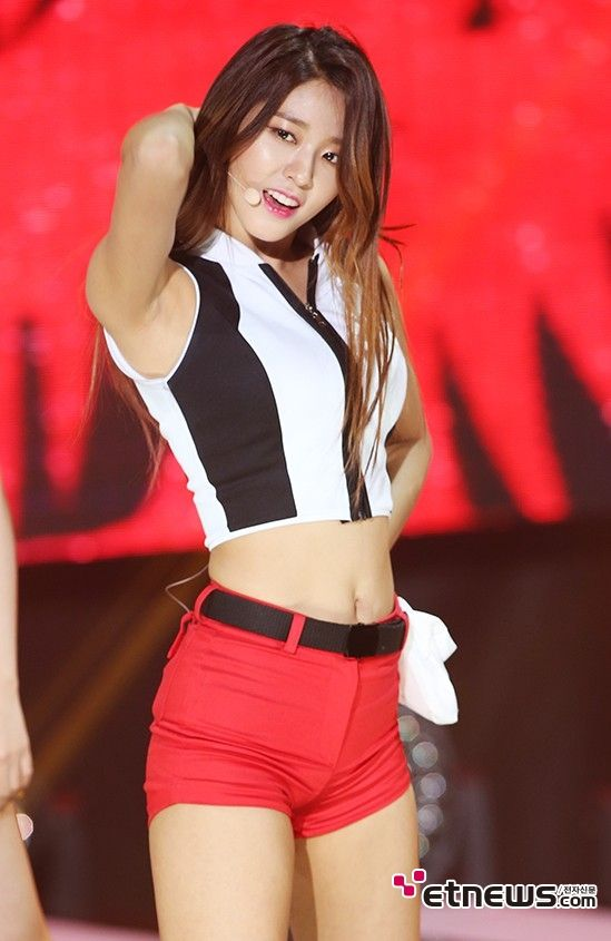 Pin On Beauty Korean Soelhyun
