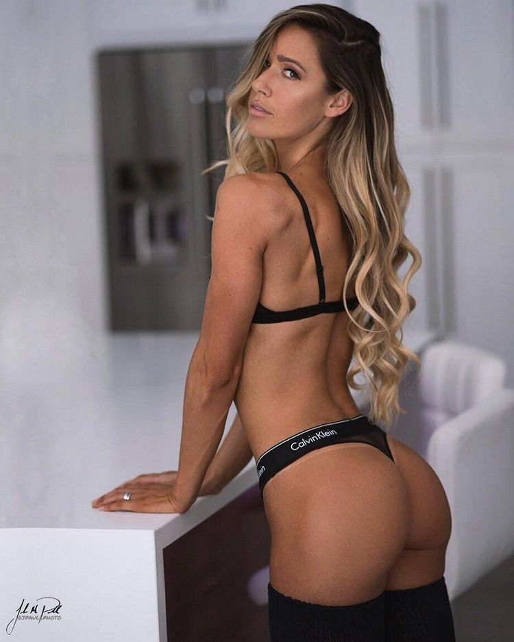 0b49ca1eb3b3 VALENTINA LEQUEUX Butt Workout, Gym Workouts, Fitness Models, Female Fitness,  Keep Fit