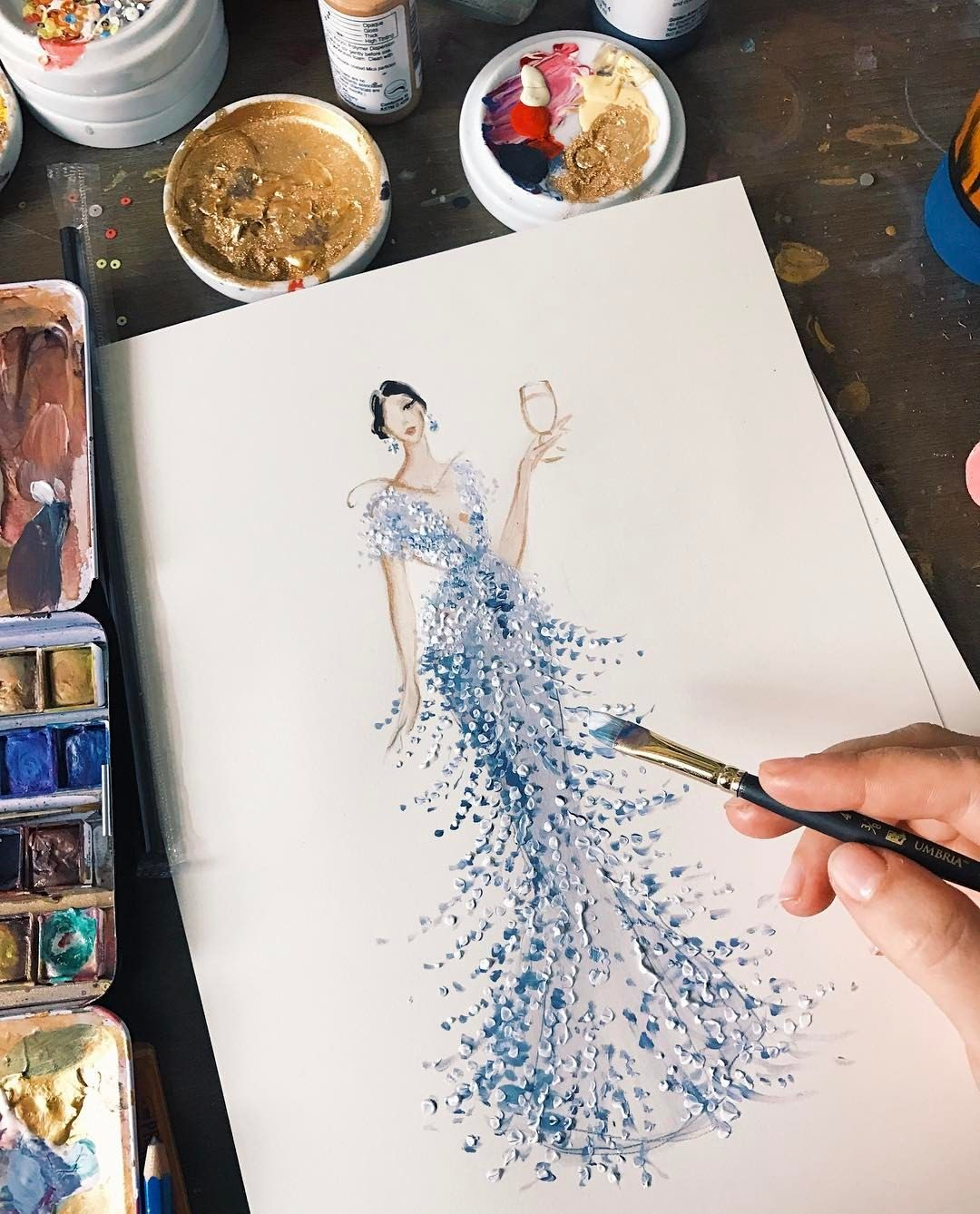 """10.1 tusind Synes godt om, 16 kommentarer – Katie Rodgers (@paperfashion) på Instagram: """"Watch her come to life on InstaStory ✨ @oliviaculpo in @marchesafashion for @stellaartois…"""""""