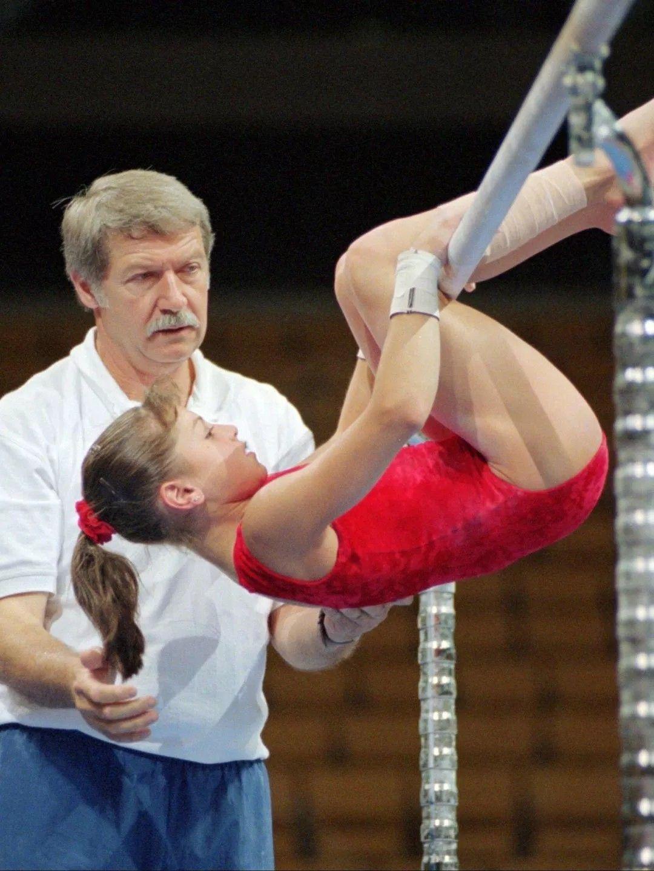 July 19, 1998; New York, NY, USA; Artistic gymnasts