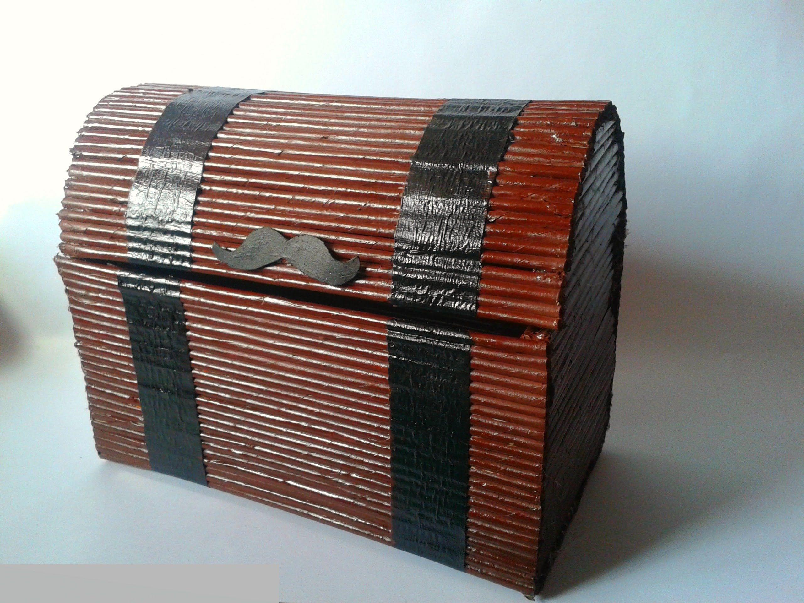 Como hacer un cofre con peri dico manualidades ani crafts hobi pinterest paper basket - Imagenes de muebles de carton ...