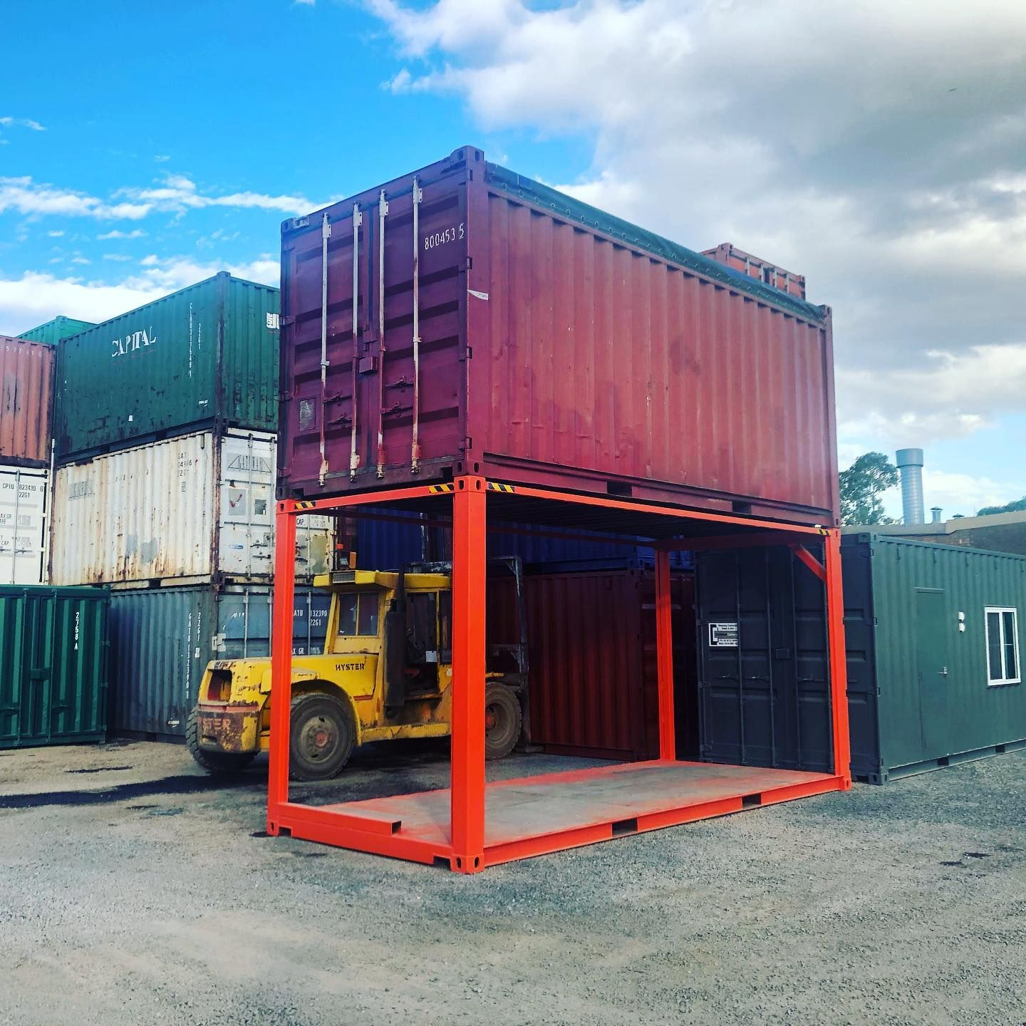 An Open Top On Top Of Another Open Top Although I Suppose You Could Call It An Open Everything Container Shippingcont In 2020 Shipping Container Options Open Top