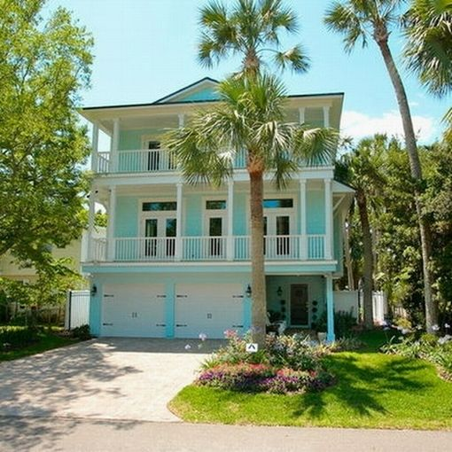 Exterior Paint Ideas Home Design: Light Blue And White Combinations To Create Tropical House