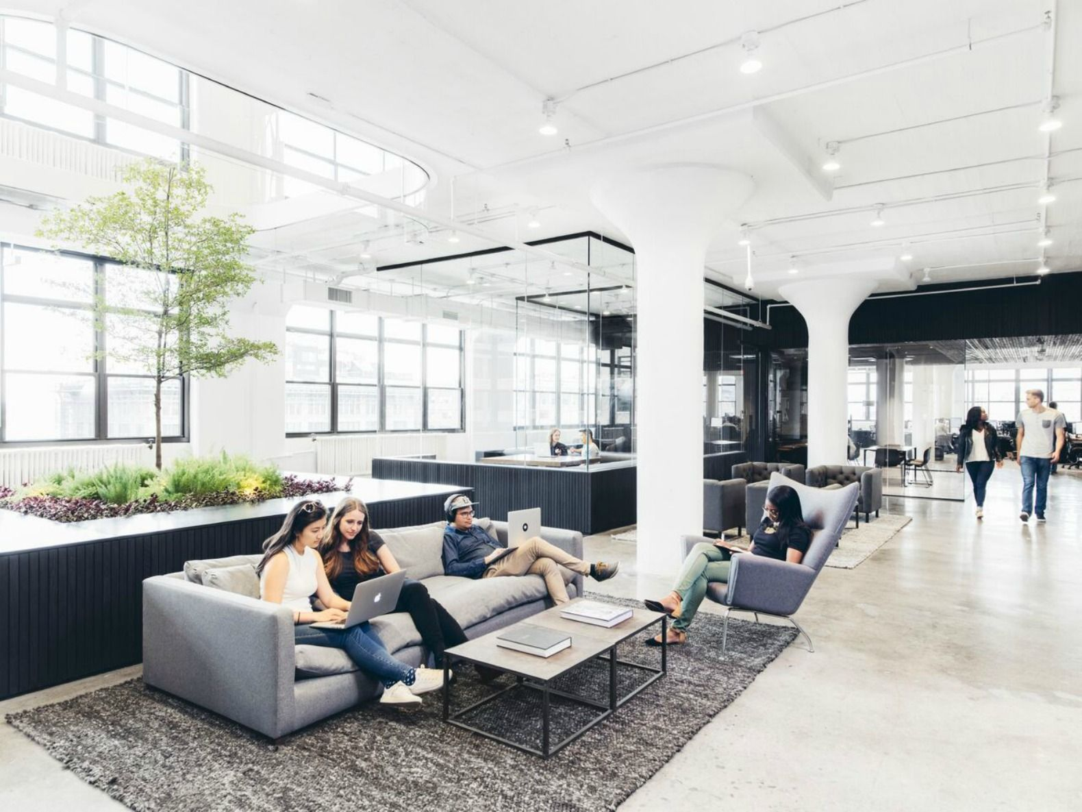 Squarespace S Sophisticated New Offices Sprawl Out In A Historic
